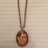 Frida Kahlo Flora Small Oval Silver Pendant Necklace