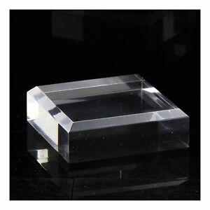 Socle-presentoir-acrylique-angles-biseautes-pour-mineraux-2-pcs-60-x-60-x-20-mm