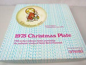 Berta Hummel Collector Series 1975 Christmas Plate Schmid Brothers Plate