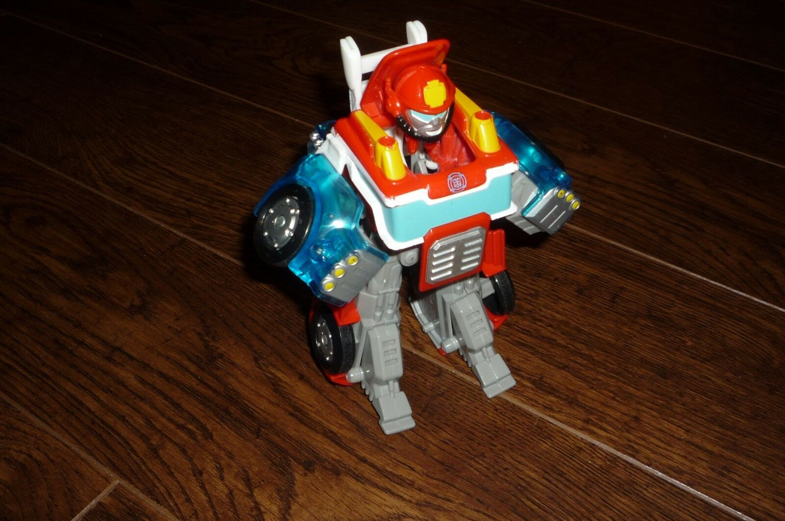 TRANSFORMERS RESCUE BOTS HEATWAVE 1ST SERIE LOOSE ORIGINAL 2011 RARE PLAYSKOOL