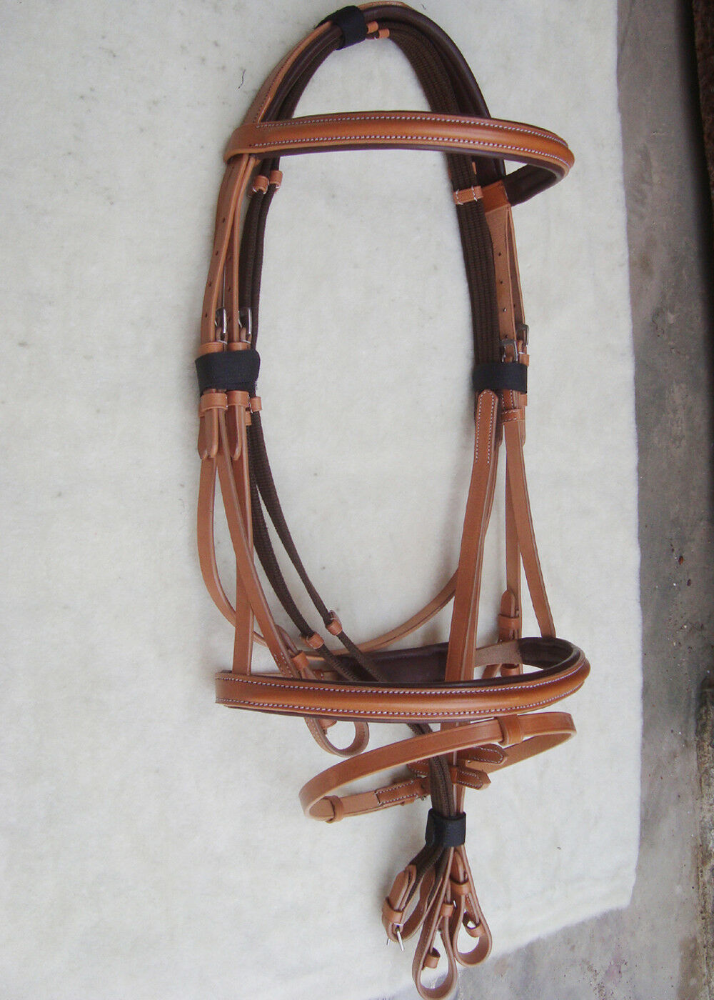 Leather English Bridle with fancy stitch.--  (Fly veil Free)  novelty items