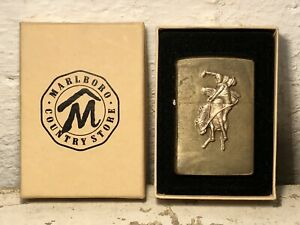 VINTAGE 1990s MARLBORO COUNTRY STORE BRASS BUCKING BRONCO COWBOY ZIPPO LIGHTER