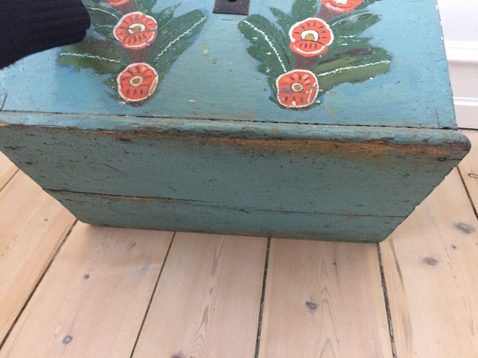 Svensk almue kiste