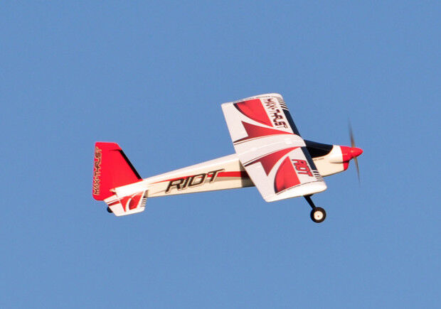 Ready to Fly  Max-Thrust Riot V2 Radio Remote Control Model Plane - Red