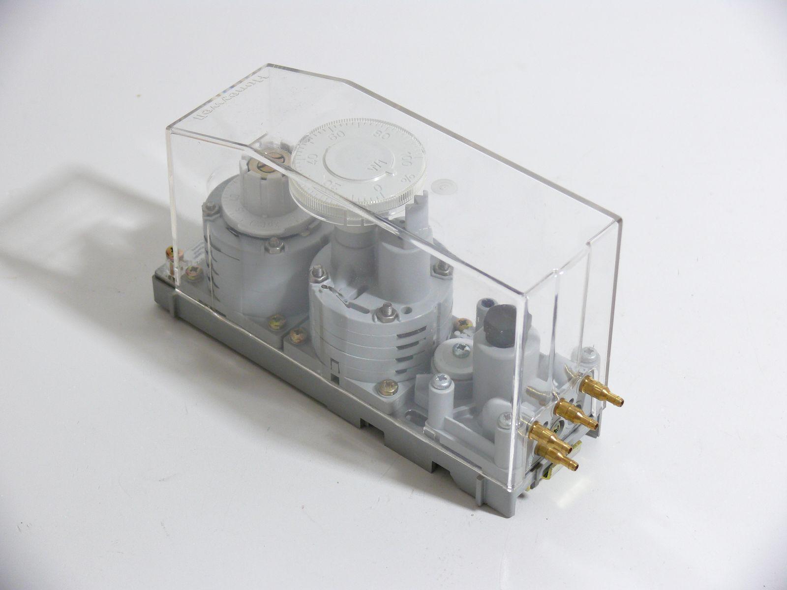 Honeywell Modular Pneumatischer Controller Controller Controller RP920A1009    56c188