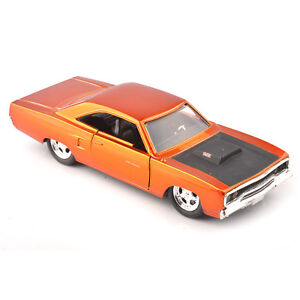 Jada-1970-PLYMOUTH-RUNNER-1-32-Scale-Diecast-Red-Vehicles-Car-Toy-FAST-amp-FURIOUS