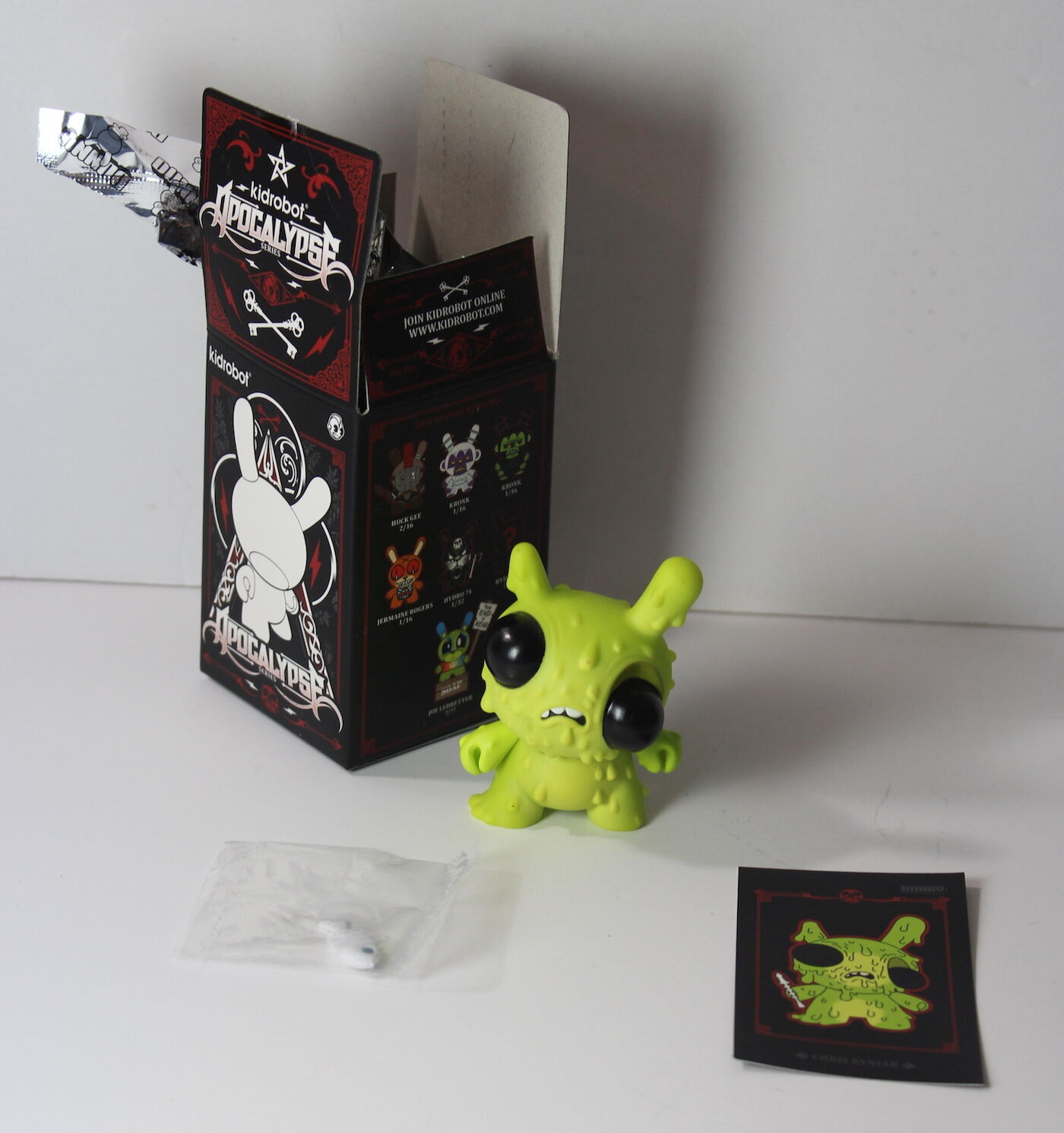 "Chris Ryniak Meltdown 3"" Dunny Figure 2/16 Kidrobot Apocalypse Series"