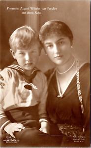 Prinzessin-August-Wilhelm-von-Preussen-mit-Sohn-Alexander-Vintage-silver-print