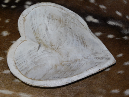 Carved Wooden HEART Shaped Dough Bowl Primitive Wood Trencher Rustic 12 3/4