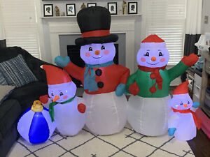Gemmy Airblown Inflatable Snowman Family Christmas Yard Decoration