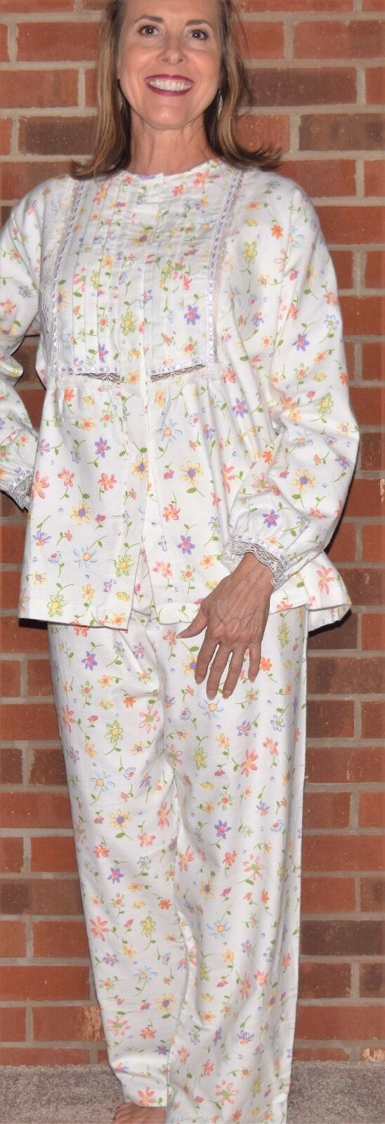Pajamas Flannel Very Pretty 'Made in USA'