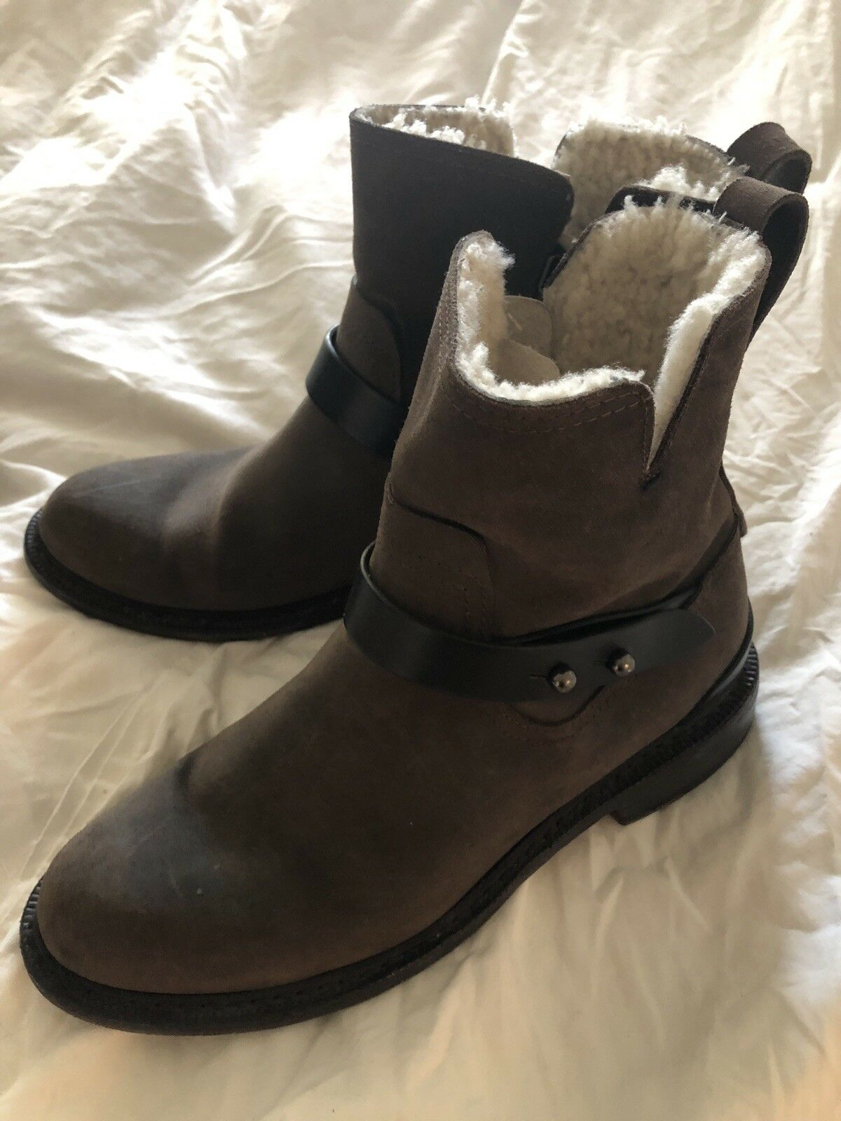 in vendita online RAG & BONE Dark Marrone Hand Made Suede Suede Suede Ankle Shearling Lined Zip stivali  Sz 37  Felice shopping