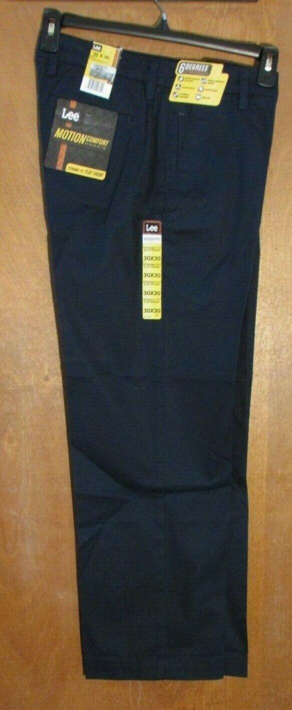Men's  Lee  Size 30 x 30 Navy, Motion Comfort, Straight Fit, Flat Front Pants