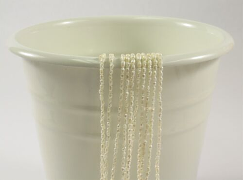 #631 1.5-2 x 3 mm Natural White Rice Tiny Freshwater Pearls,Dainty Pearl Beads