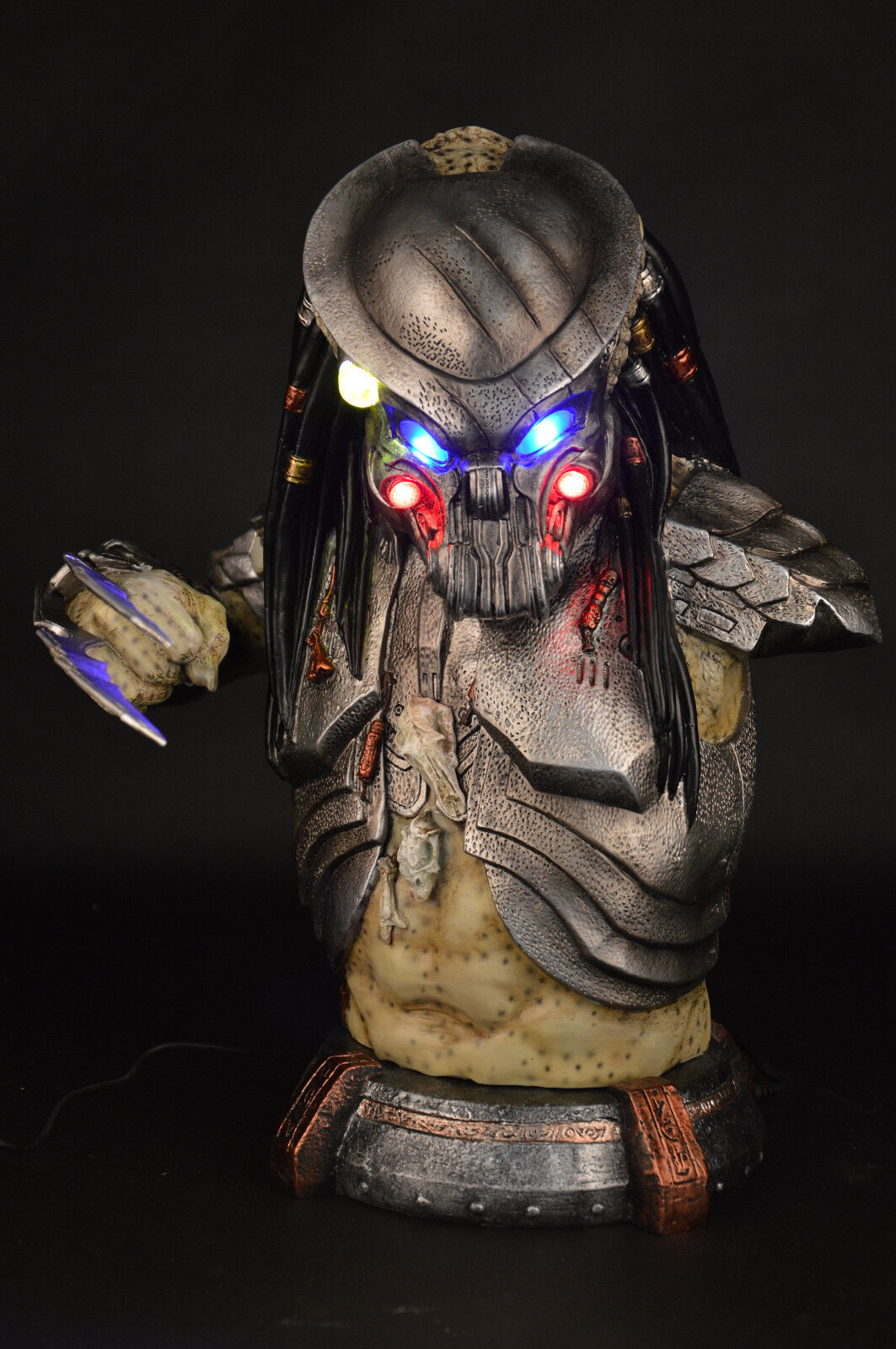 ProssoALIEN Prossoator Alien Life Size Resin Figure Bust Statue Collectible LED EYES