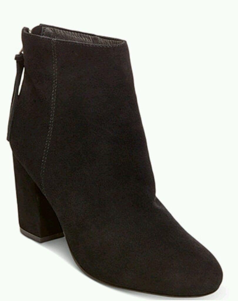 benvenuto a comprare Steve Madden Madden Madden Cynthia nero Suede Heel Ankle avvioies Dimensione  9  ampia selezione