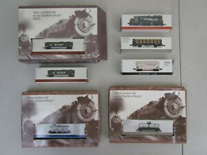7-Lot-Readers-Digest-Southern-Pacific-Railroad-Miniature-Train-Engine-Caboose