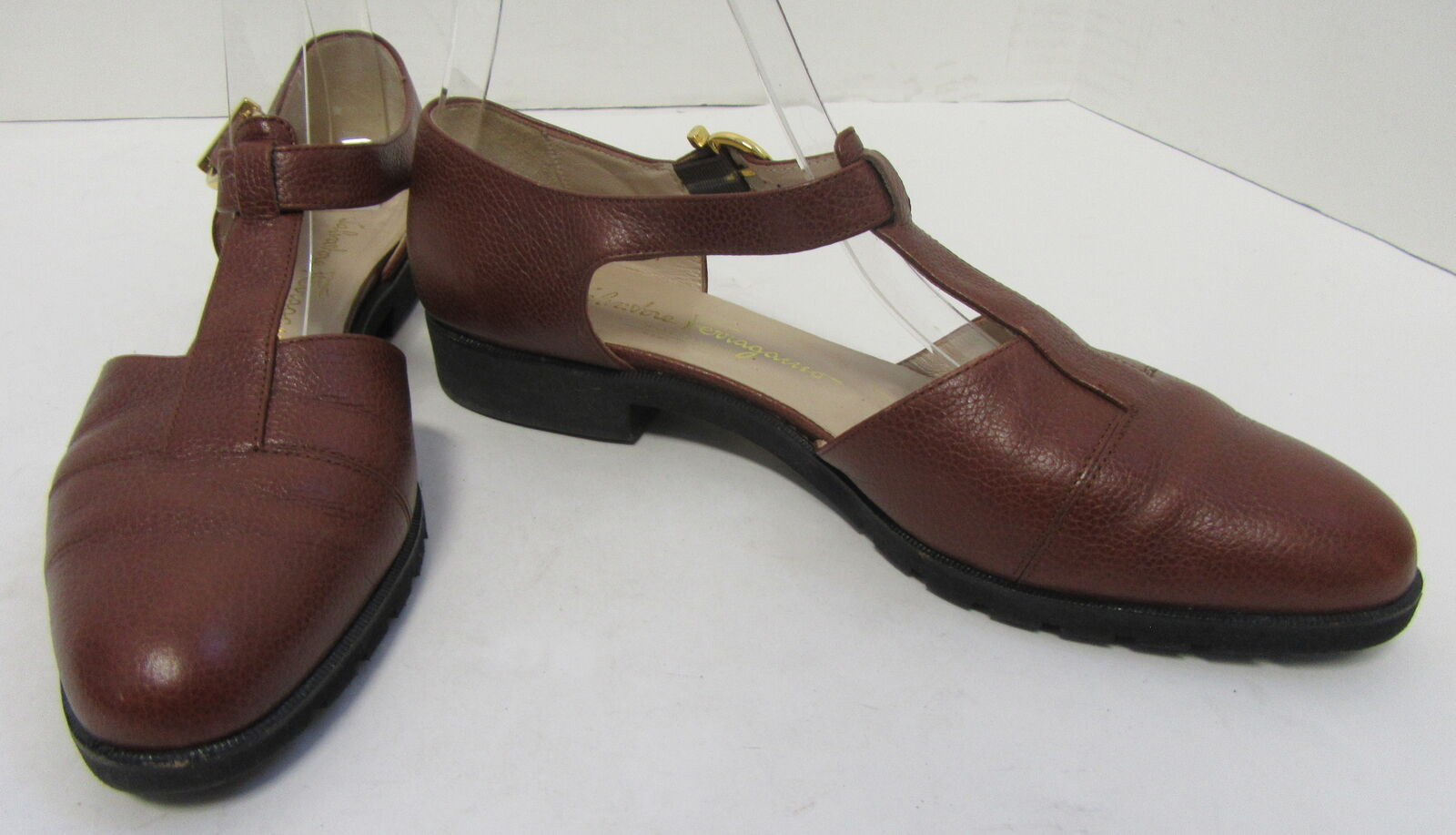 SALVATORE FERRAGAMO Vintage marron Leather T-Strap chaussures Taille 8.5