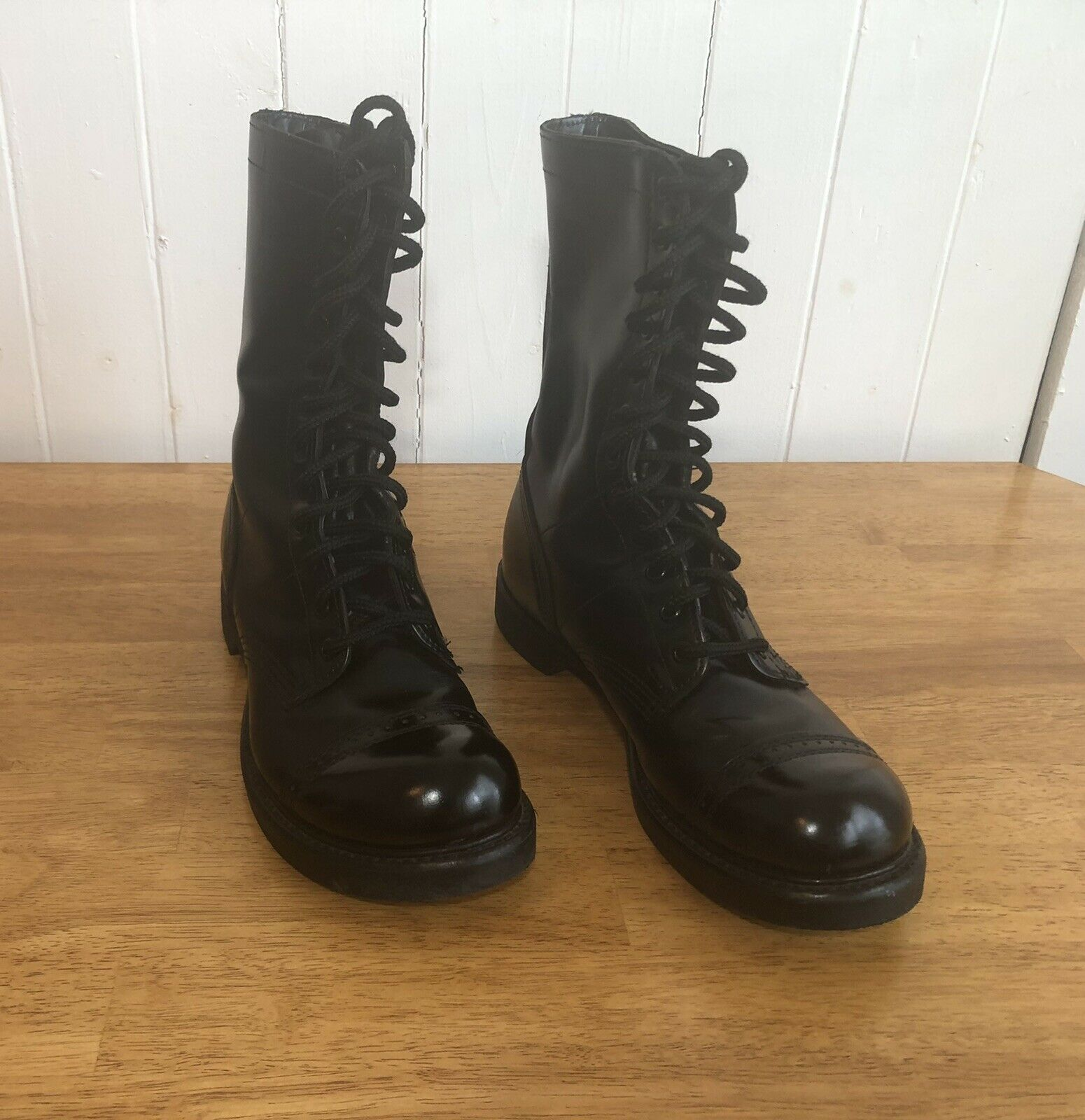 975 Paratrooper Leather Boots Sz8.5 Men's HH Brand USA Made