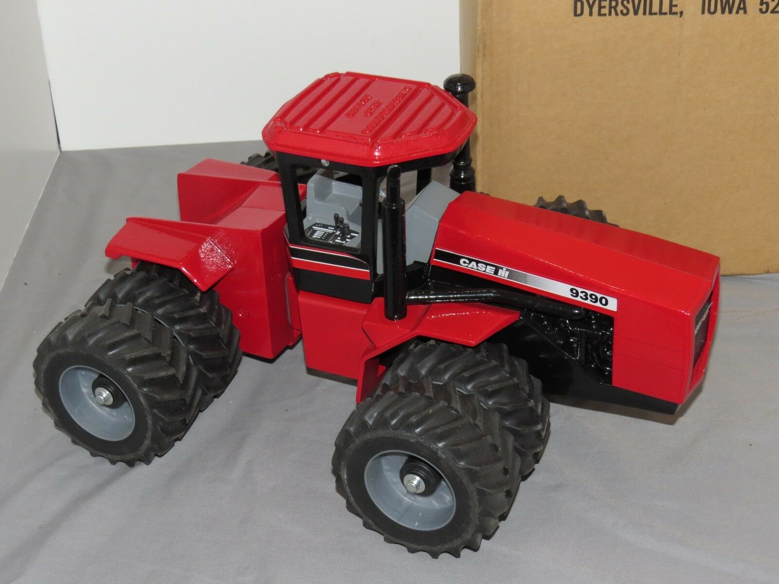 VINTAGE CASE Steiger 9390 jouet tracteur échelle 1 16 Modèles CASE IH 4x4 avec graisse pneus