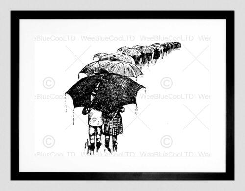 DRAWING UMBRELLA PEOPLE RAIN BLACK WHITE BLACK FRAMED ART PRINT B12X4886