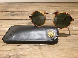 316aa20f49 Chargement de l image en cours Gianni-Versace-Sunglasses-Vintage-NOS-Mod -492-Col-
