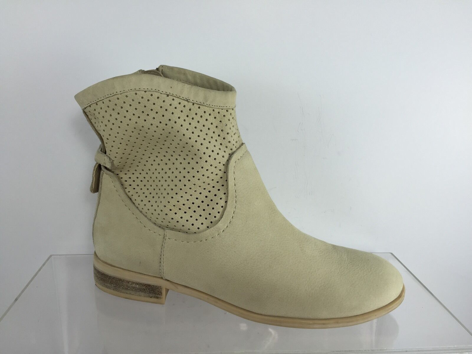 Franco Sarto Womens Ivory Leather Ankle Boots 5.5 M