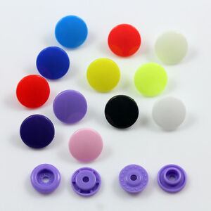 50-x-PLASTIC-12mm-POPPER-SNAP-FASTENERS-RANGE-OF-COLOURS-DUMMY-CLIPS-CLOTHES