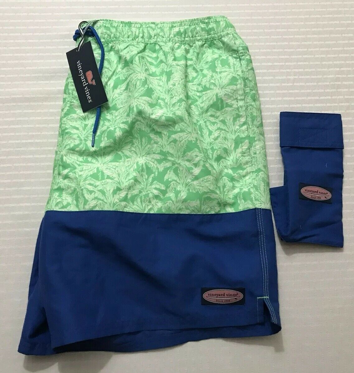 NWT XL Vineyard Vines Palm Brights Chappy Trunks Sour Apple W Pouch