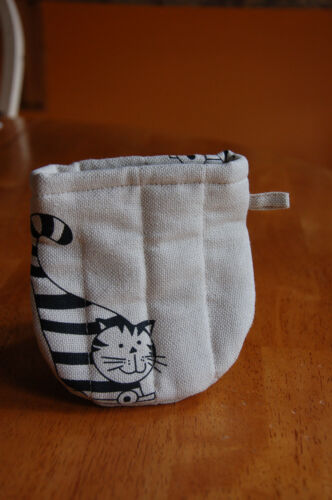 authentic unique organic linen//cotton mini oven mittens