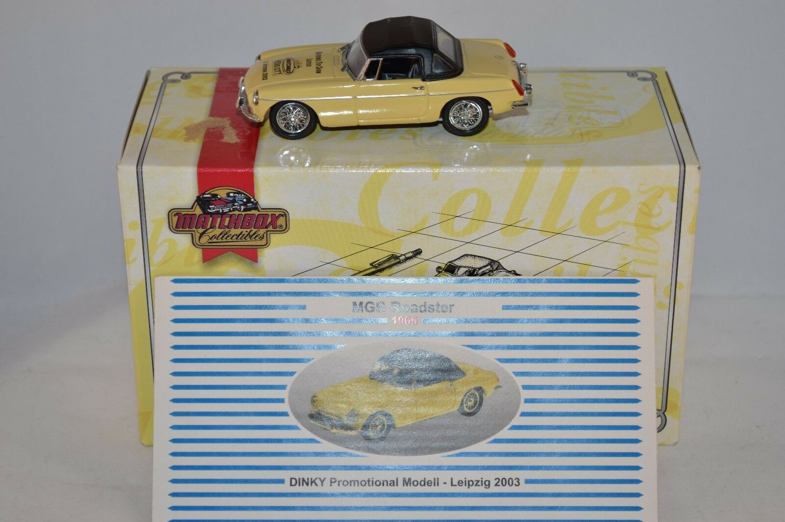 Matchbox Collectibles DYB05-M MGB Special Edition 99% Mint with decals on it