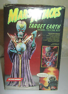 Les attaques sur Mars ciblent Earth Screamin Model Model Kit Topps Dipinto Spese Gratuit