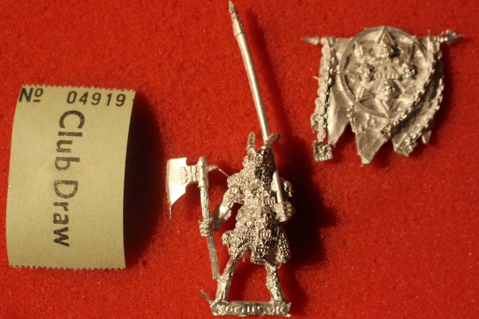 Games Workshop Warhammer Khorngor Standard Bearer Icon Beastmen Khorne Metal OOP