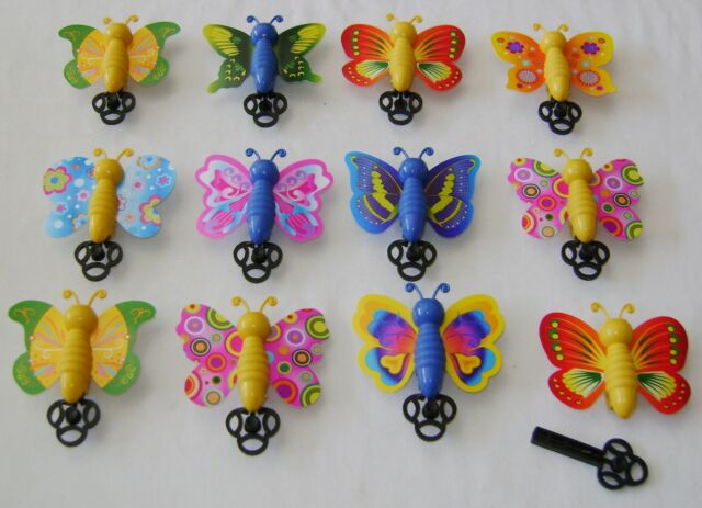 NEW BOX 60 FLYING BUTTERFLY TOYS KEY SPRING BUTTERFLIES PARTY LOOT BAG FILLERS
