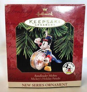 Hallmark-Keepsake-Ornaments-Mickey-039-s-Holiday-Parade-Bandleader-Mickey-Dated-1997