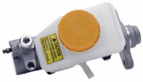 Brake Master Cylinder MC390777 Fits Infiniti Q45 2002