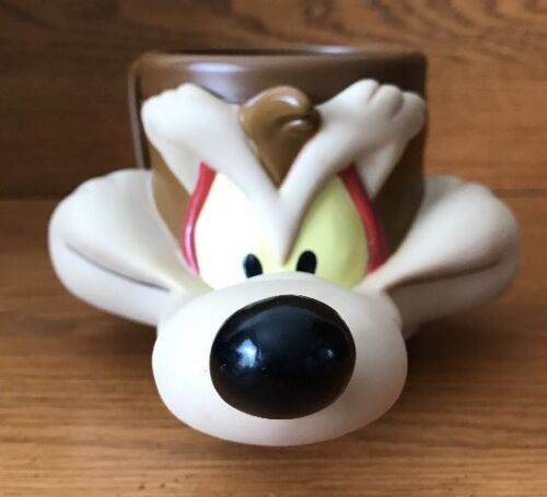 1993 Wile E Coyote 3D Mug Warner Bros. Looney Tunes Collectible
