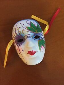 masks gras mardi Faces orleans new