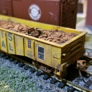 Athearn-HO-scale-Illinois-Terminal-50-039-weathered-Gondola-freight-car-amp-load