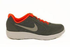 Scarpa-da-donna-silver-e-arancione-Nike-Revolution-3-sneakers-sport-palestra