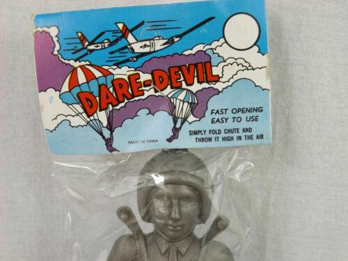 Vintage Dare Devil Parachute Toy Dime Store Party Favor Army Silver Blue NEW NOS