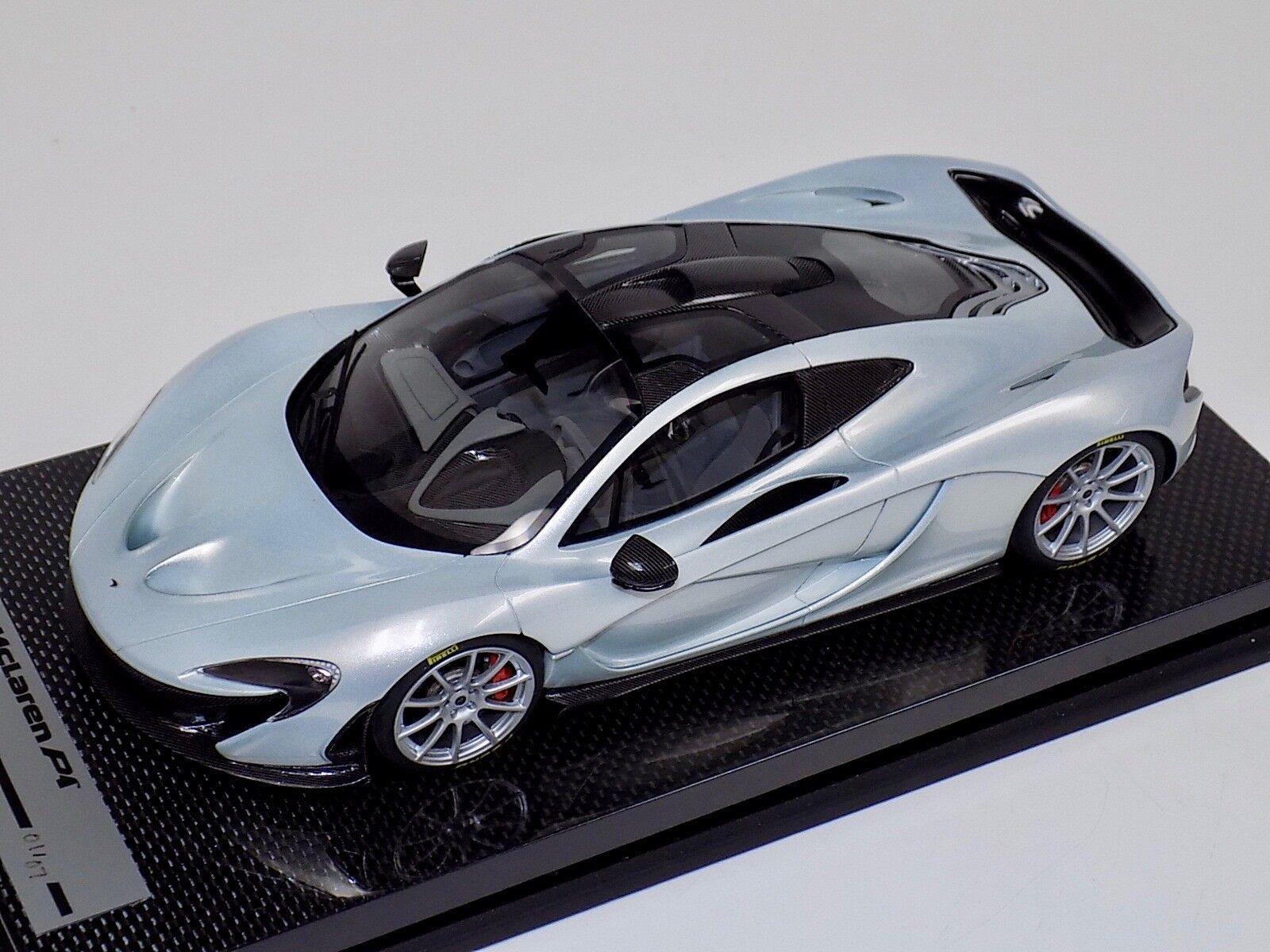 Tecnomodel McLaren P1 en plata de Hielo con Ruedas De Plata 01 de 07 Carbono