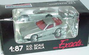 1-87-Chevrolet-Corvette-ZR-1-Silver-Silver-Metallic-Monogram-2042