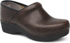 Pro XP Floral Tooled Leather Clogs KqfT3FR1