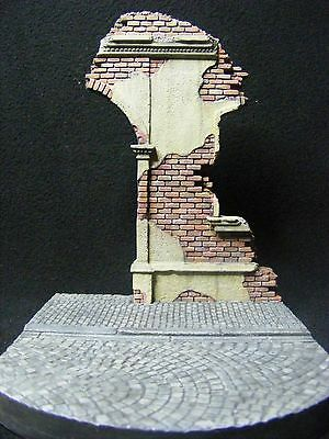 1:35 City gate ruin vignette RedBricks Diorama