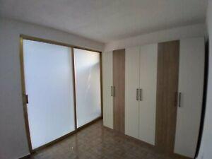 AMPLIA Habitación CAMA MATRIMONIAL con BAÑO PRIVADO.