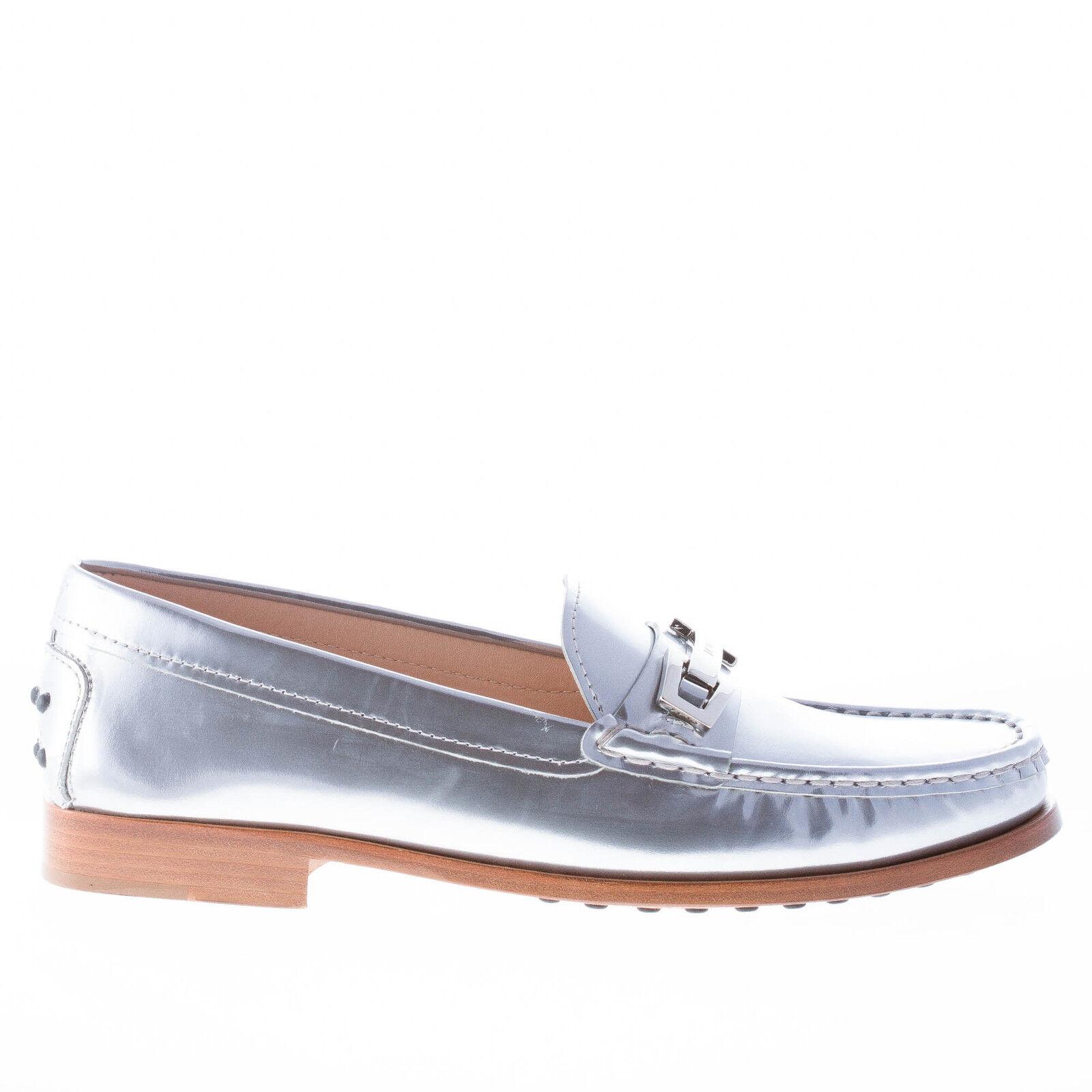 Zapatos de cuero Tod'S Mujer Mujer Mujer metálico de plata con abrazadera metálica Mocasín Penny Bar  Nuevos productos de artículos novedosos.
