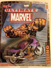 Triumph TT 600 Thing Motorcycle 1/18 Ultimate Marvel TT600 Daytona Maisto