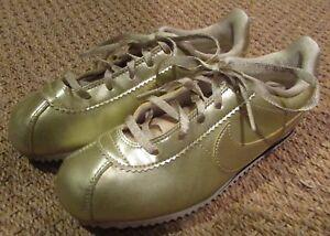 685f15dfba0c Nike Cortez SE (PS) Little Kid s Shoes Metallic Gold Star 859570-900 ...