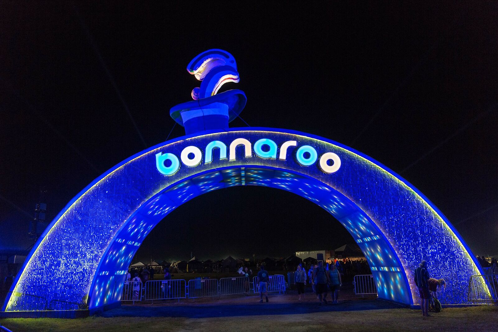 Does bonnaroo sell single day tickets